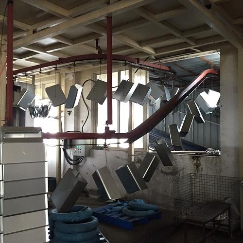 ポスト製造工場